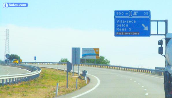 The output 35 of the Mediterranean motorway towards Salou.