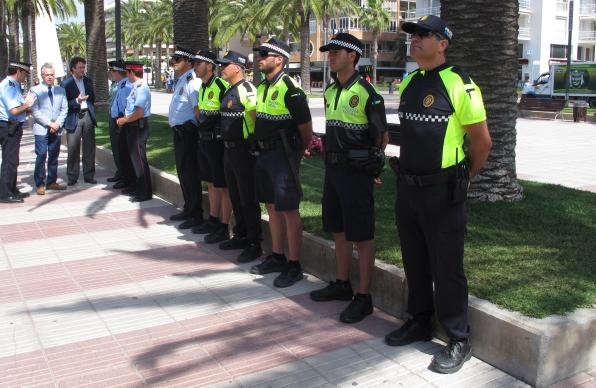 Police officers from the beach in Salou.