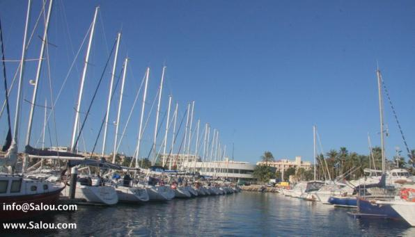 Salou Yacht Club has 230 berths.