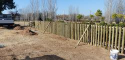 Salou install an area for entertainment of dogs in Eduard Punset