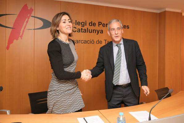 Sara Sans, from the Col. de Periodistes and Josep Bertran from REPSOL.