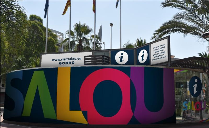 las oficinas de turismo de salou renuevan su imagen