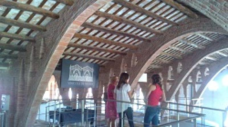 B-Tours and B-Concentives know modernist cellars of the Costa Daurada and Terres de l'Ebre