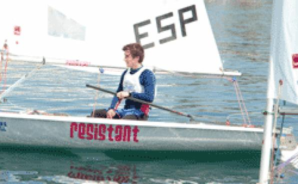 Bosco Pujol and Maria Lopez obtain the Laser Cup of 4.7