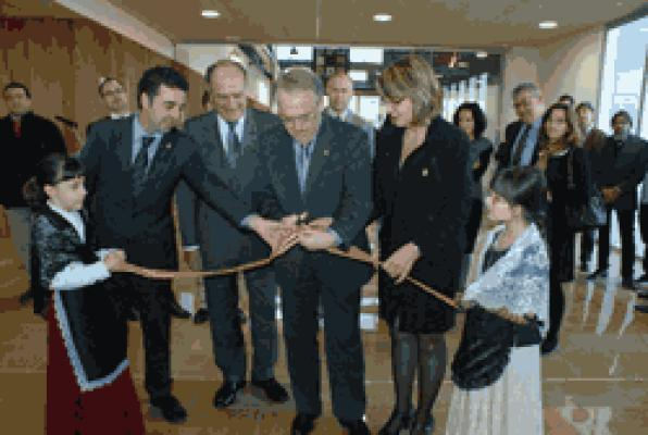 Opening of the International Business Center of furniture in de la Senia