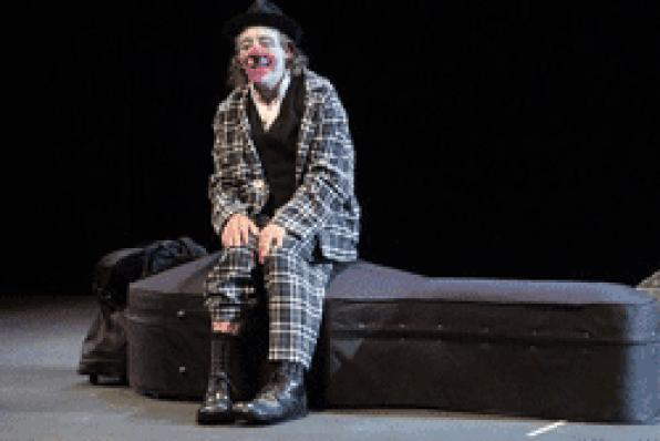 Tortell Poltrona brings a show to laugh at TAG in El Vendrell