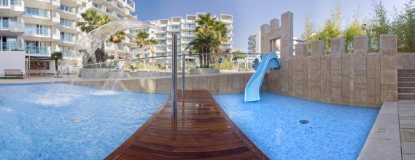 Pool of Blaumar Hotel with four star  in Salou