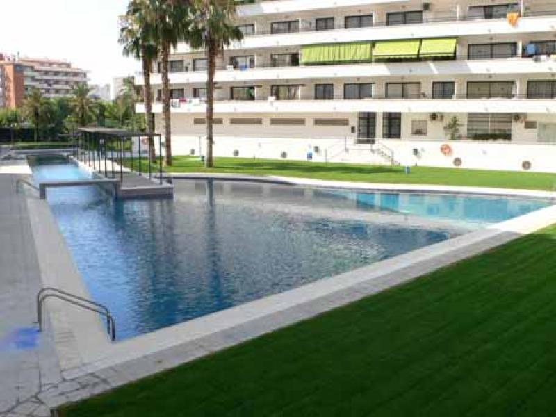 Apartaments Adyal in Salou 4