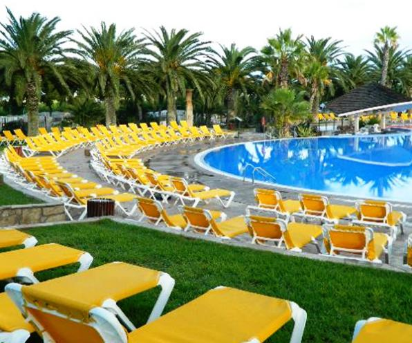 One pool of Camping Sanguli Salou.