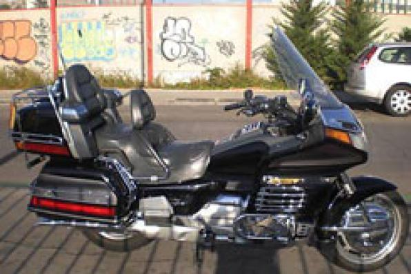 Goldwing Motorcycle concentration in Salou Sanguli 4