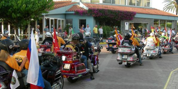 Goldwing Motorcycle concentration in Salou Sanguli
