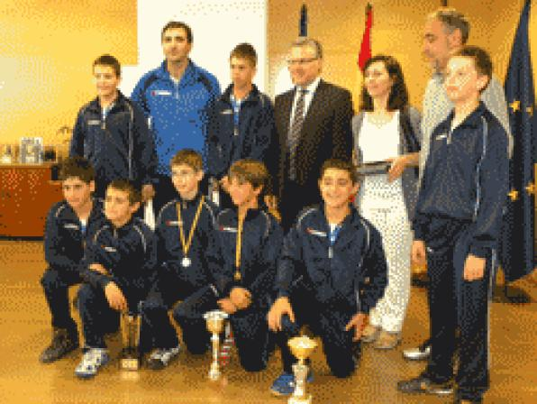 Mayor of Salou congratulates Handball Club Salou to win tournament champion Sant Joan Despi