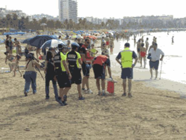 Salou successfully performed a mock rescue of two injured in Llevant Beach